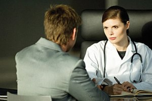 Doctor-female-Caucasian-with-patient