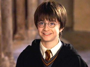 harry-potter-daniel-radcliffe-hogwarts-wizard-teenager-teen-5