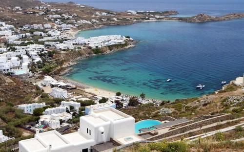psarou-beach-mykonos